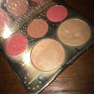 BECCA Makeup - Jaclyn hill champagne pop palette